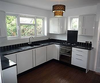 Leigh-on-Sea - Hall & Kitchen
